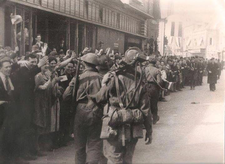 Liberation of my hometown Apeldoorn, 17 April 1945