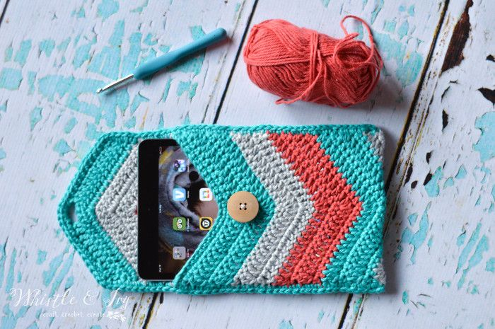 Free Crochet Pattern: Crochet Chevron iPad Mini Case   Crochet this adorable chevron pouch for your iPad! Easily size up or down for all your devices.