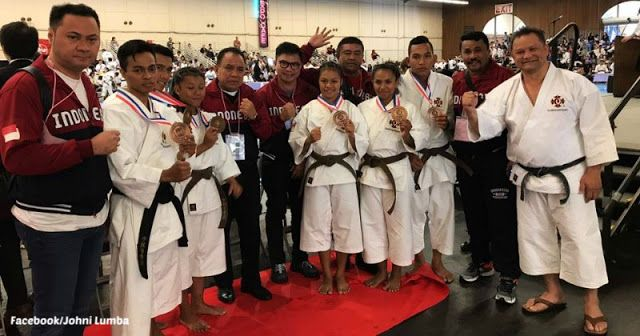 Atlet Kempo Nusa Tenggara Timur (NTT) persembahkan enam medali untuk Indonesia dalam kejuaraan Shorinji Kempo World Taikai 2017 di Stadion San Mateo, California, Amerika Serikat.