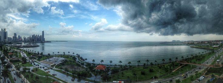 Sol vs. Chuva na Cinta Costera, Cidade do Panamá
