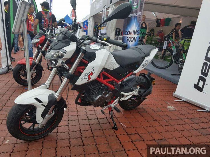 Small Moto