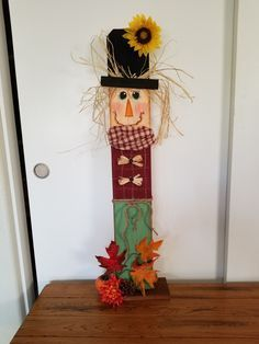 scarecrow wood craft halloween and fall pinterest scarecrows