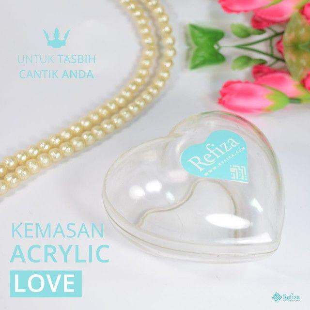 Kemasan acrylic Love. Cocok untuk menyimpan tasbih cantik anda