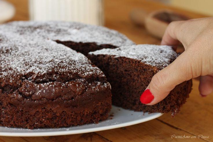 E' una torta davvero super! la torta soffice cioccolato e ricotta, questa dolce merita veramente tanto è una torta davvero golosa e facilissima da afare