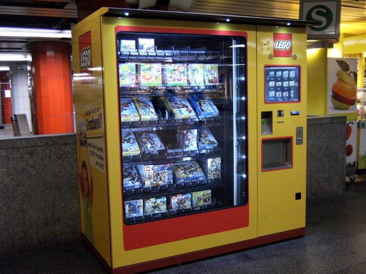 Lego vending machine in the Underground - Munich Central Station (Germany) - Lego Automat am Hauptbahnhof München - http://www.popscreen.com/v/631ur/Lego-Automat-am-Hauptbahnhof-M%C3%BCnchen. -  yet another reason to go back to Munich!