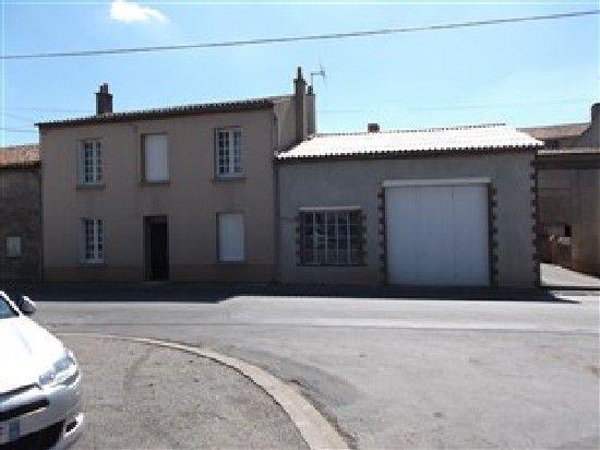Ideal property for first time buyer, 3 bedrooms, rural property for sale in region (24) Dordogne, France; €79,500 http://www.francehousehunt.com/listing-vas10363-245565.html #France