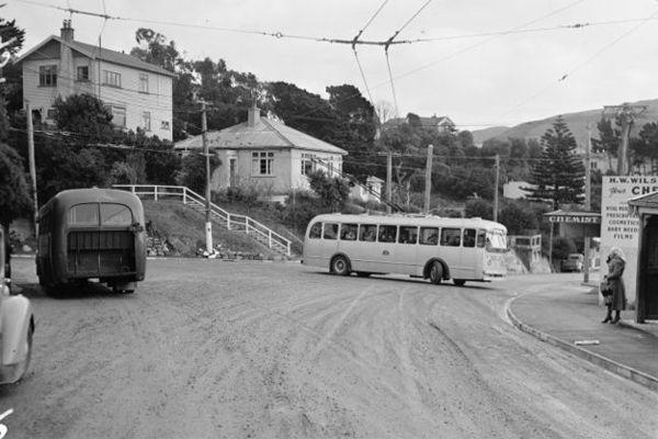 Wadestown bus old
