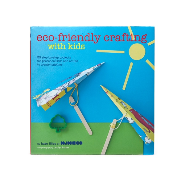 A great book of activities and crafts to keep kids busy and learn about upcycling!