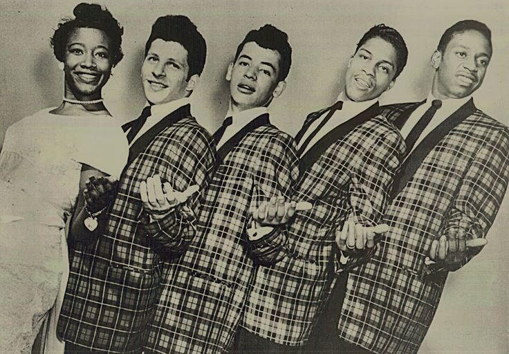 """Johnny Maestro and The Crests had many hits starting with """"Sixteen Candles""""  in the late 50s and early 60s. The female singer is Luther Vandross' sister Patricia."""