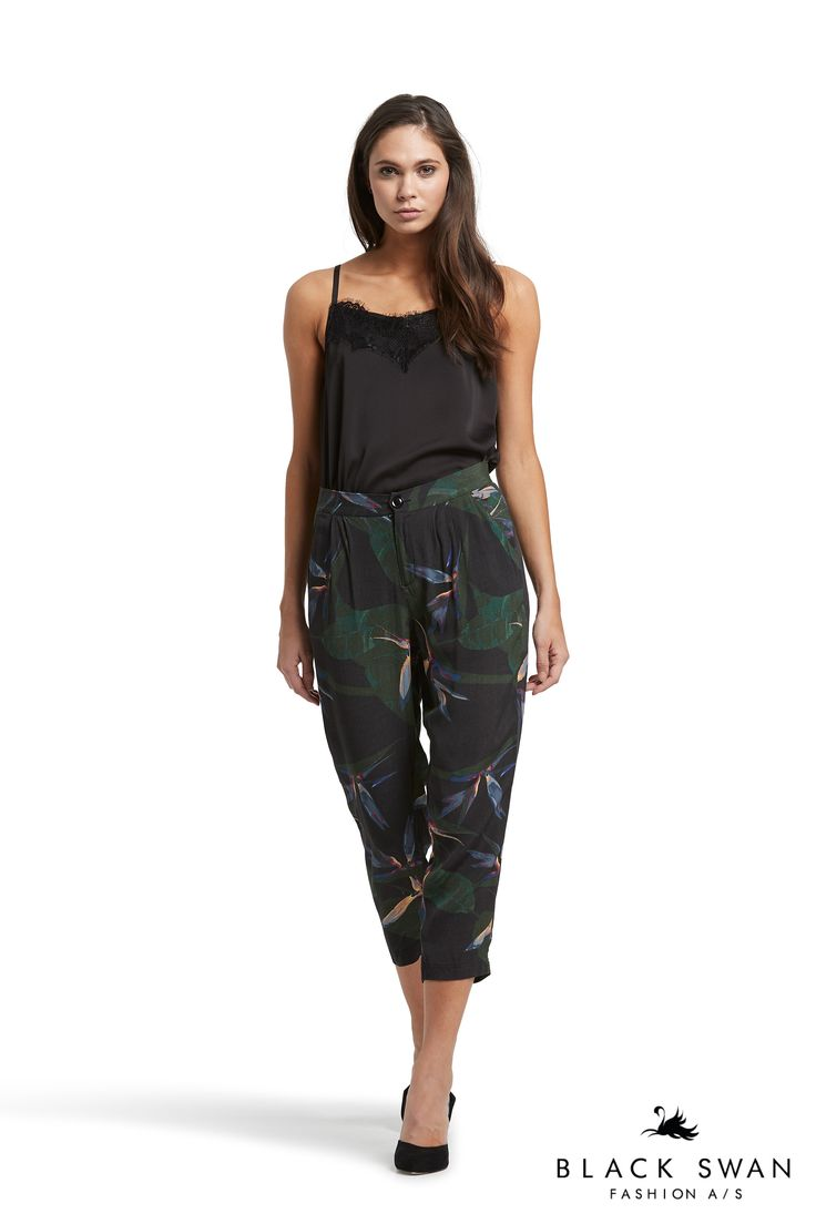 Lovely strap top with lace detail in neckline and dressy black and green printed pants. Black Swan Fashion SS17