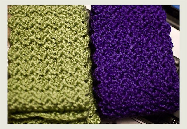 Mindless One Skein Scarf  by Nicole Makes