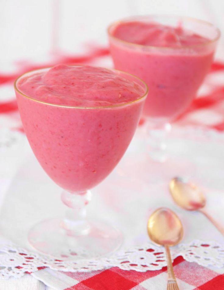 Gör nyttig jordgubbsglass utan socker – klicka här för recept!