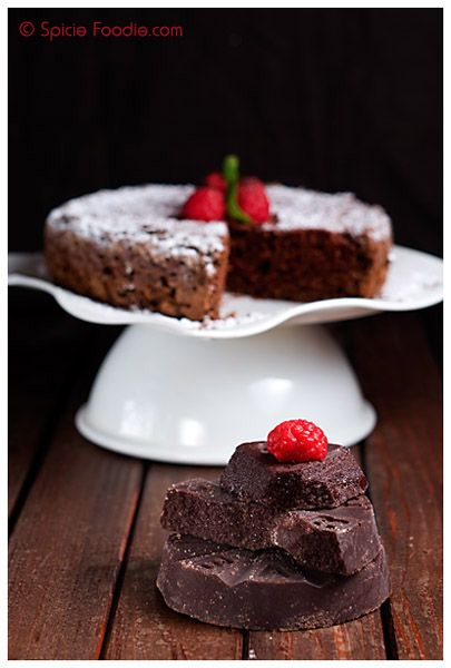 Mexican chocolate mousse cake