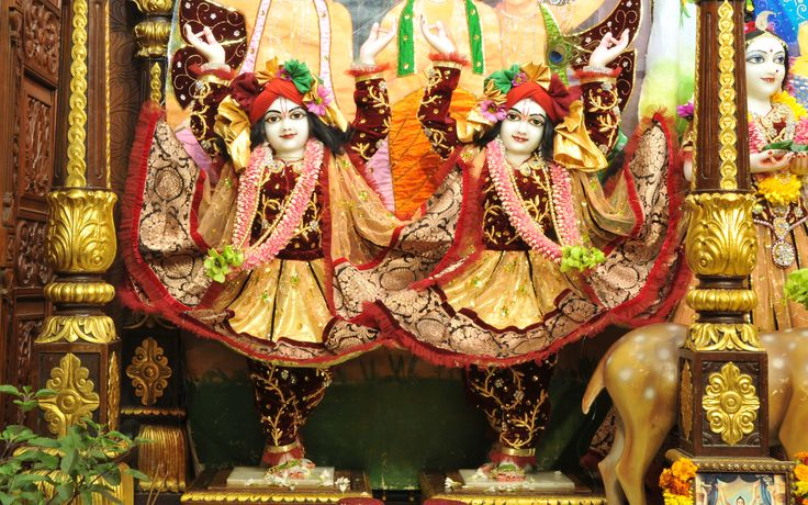 To view Gaura Nitai Wallpaper of ISKCON Chowpatty in difference sizes visit - http://harekrishnawallpapers.com/sri-sri-nitai-gaurachandra-wallpaper-019/