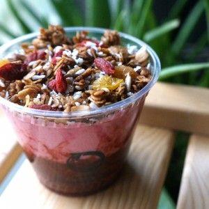 #strawberry #breakfast #cup #granola #vegan #glutenfree #heartmonth