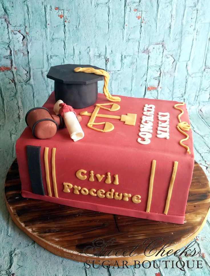 A graduation cake for a soon to be lawyer. Congratulations Nikki!