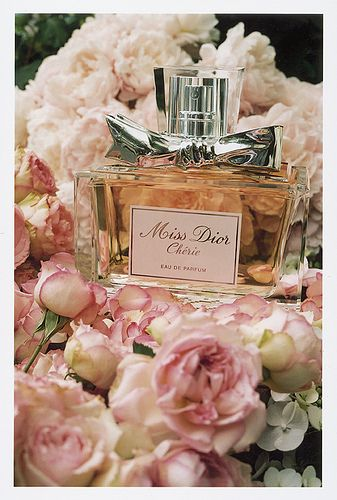 Miss Dior Cherie - beautiful and heady, always reminds me of London for some reason