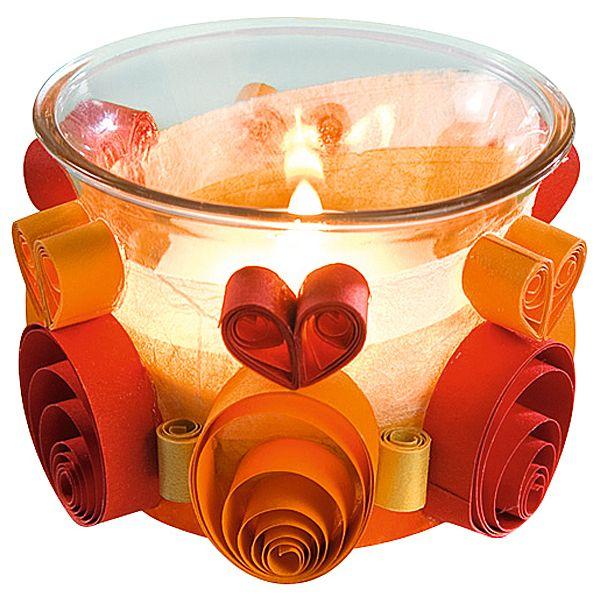 Romantyczne dekoracje DIY #quilling  http://www.mojebambino.pl/akcesoria-do-tworzenia-strojow-upominkow-dekoracji-sal/353-zestaw-do-quillingu-na-caly-rok.html