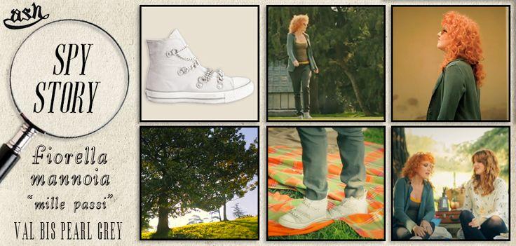 Nel #video #MillePassi #FiorellaMannoia indossa le #sneaker #Val di #Ash!