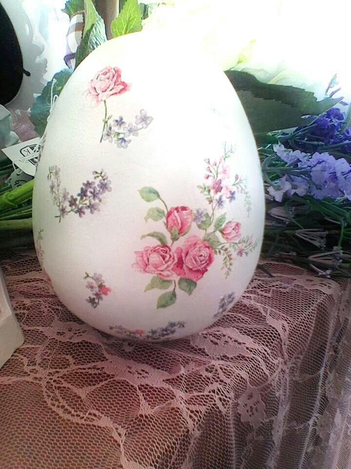 Easter egg decoupage napkin ceramic