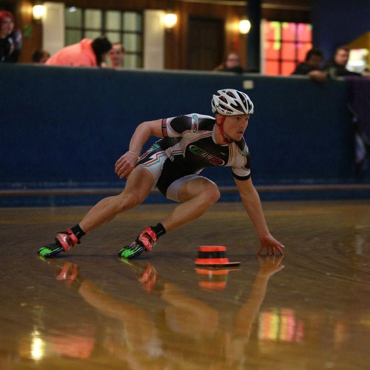 Jarrett Paul. Awesome edges! Inline Speed Skating