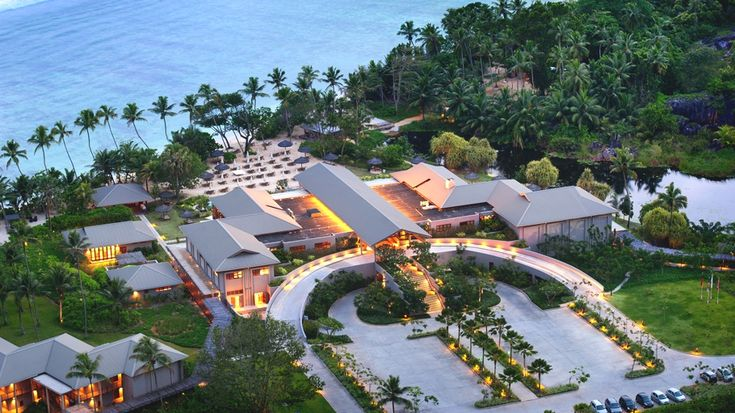 Hotel review: Kempinski Seychelles Resort, Baie Lazare - http://www.adelto.co.uk/hotel-review-kempinski-seychelles-resort-baie-lazare
