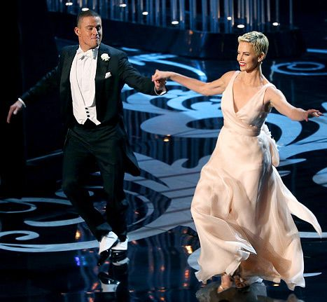 """Channing Tatum and Charlize Theron perform onstage during the Oscars on February 24, 2013.  Such a pleasure to watch them dance to """"The Way You Look Tonight""""."""