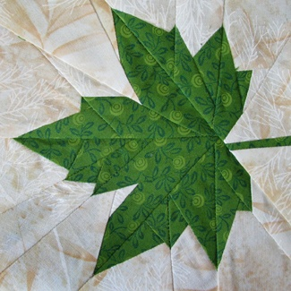 Claudias Quilts ~ Big Quilt of Nature ~ Platanenblatt / Plane Leaf