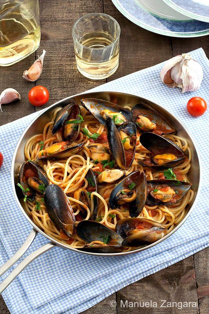 Spaghetti with Mussels - www.manusmenu.com