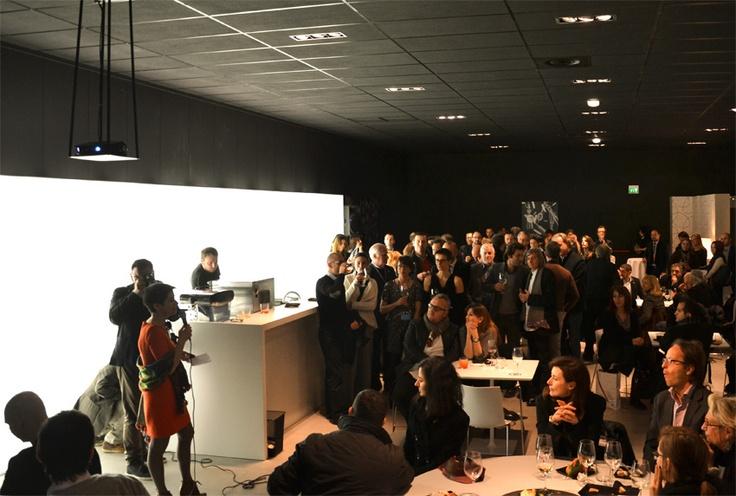 L'evento organizzato presso lo showroom #Cesar durante la giornata inaugurale di #Happy #Business to #You.     The event organized at the showroom #Cesar on the opening day of #Happy #Business to You.