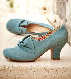 Zapatos de la década 1940-1950