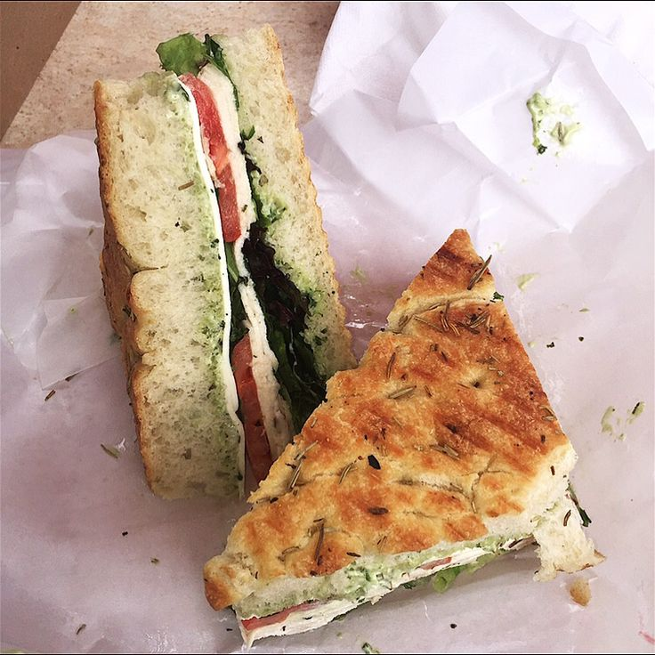 If your craving a fresh sandwich I suggest you go order a #8 Griller from the Milburn Deli! This particular sandwich features chicken, mozzarella, arugula, and pesto aioli on rosemary focaccia bread. To get this yummy sandwich go visit : Millburn. Go visit @munchymap on Instagram!