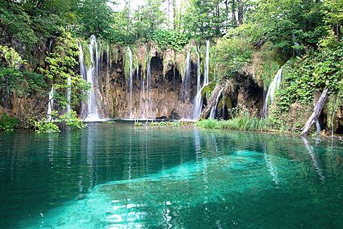 Beautiful Lakes in the world | 10. Plitvice Lakes, Croatia