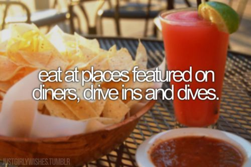 ✔ Bucket list- eat at places featured on diners, drive ins, and dives. CHECK! (Athens-Nashville):