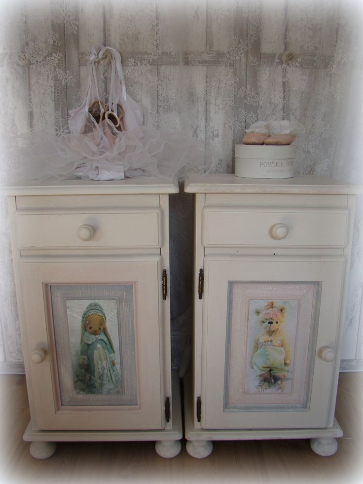 Een Paar Kastjes Voor Twee Kleine Dametjes Gemaakt Little Old Touch Oude Meubeltjes In Een