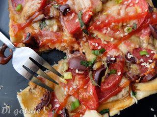 Di gotuje: Szybka pizza na cieście francuskim (ser, pieczarki...
