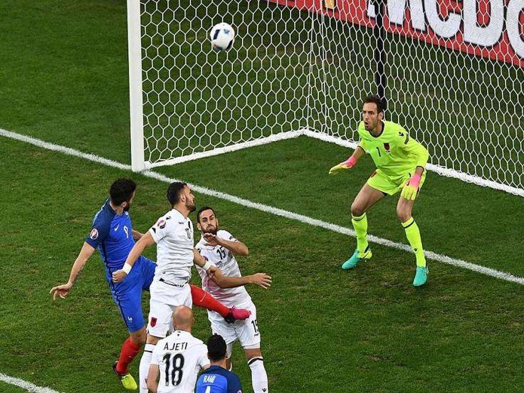 Eurocopa, con goles de Griezmann y Payet, a los 90 y 95, Francia se asegura la clasificación a la siguiente fase y ya espera rival para Octavos