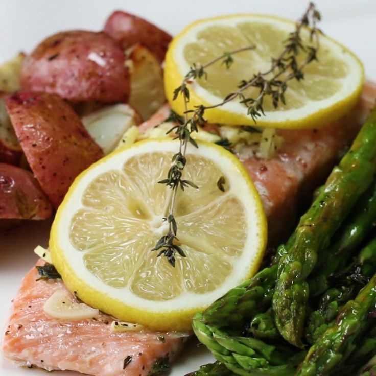 One-Pan Salmon And Veggies