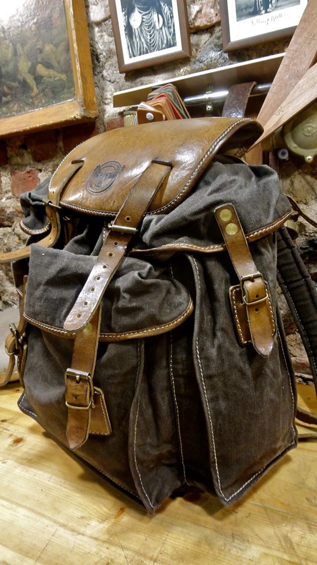 Thedi bag . Combination leather with canvas . Handmade. BP30026  Thedileathers  Find us www.thedileathers.com  Contact us Thedileathers@gmail.com  Order online leather jackets, bags, belts, wallets.
