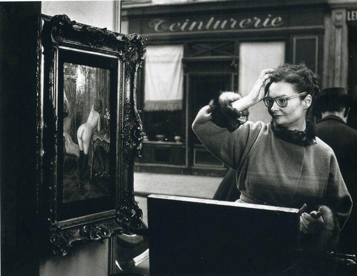 Robert DOISNEAU :: Romi's Shopwindow, 1948