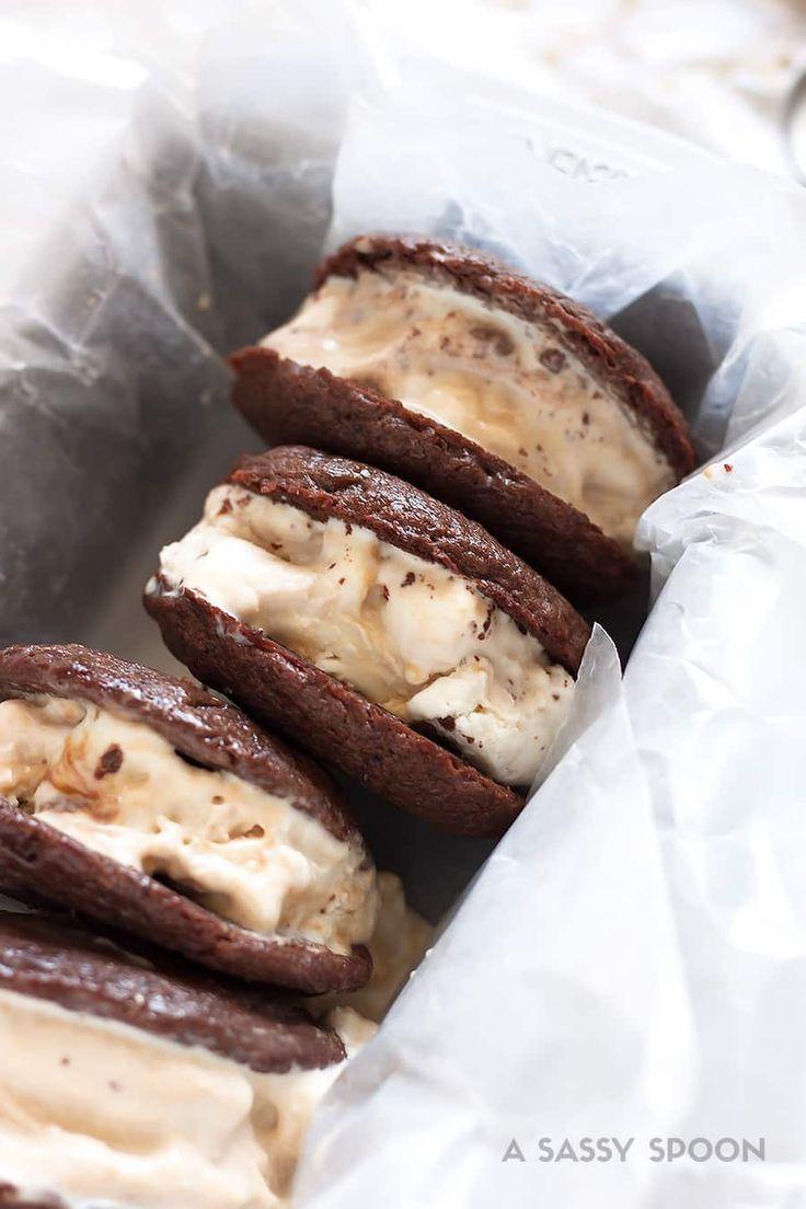 Easy Nutella Cookie Ice Cream Sandwiches