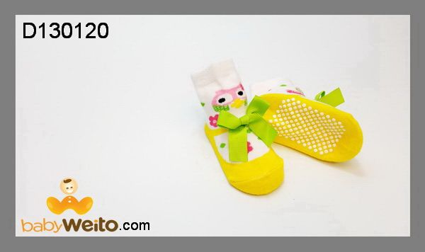 D130120  Kaos kaki cewe mix  Ukuran: 0-6m  Bahan halus dan lembut  Warna sesuai gambar  IDR 35*