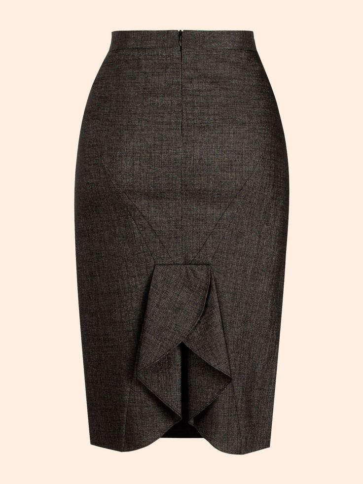 Adoro estas saias. Pena é encontrar tão poucas para o meu tamanho.