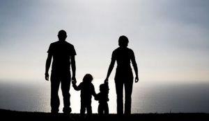 Τα γονίδια καθορίζουν τι ανατροφή θα δώσουμε στα παιδιά μας