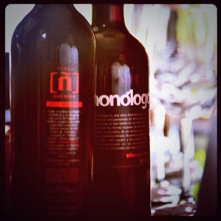 Algunas de nuestras mejores opciones del Almacén y de la carta de vinos. Pasa a probar estas etiquetas por el Che.