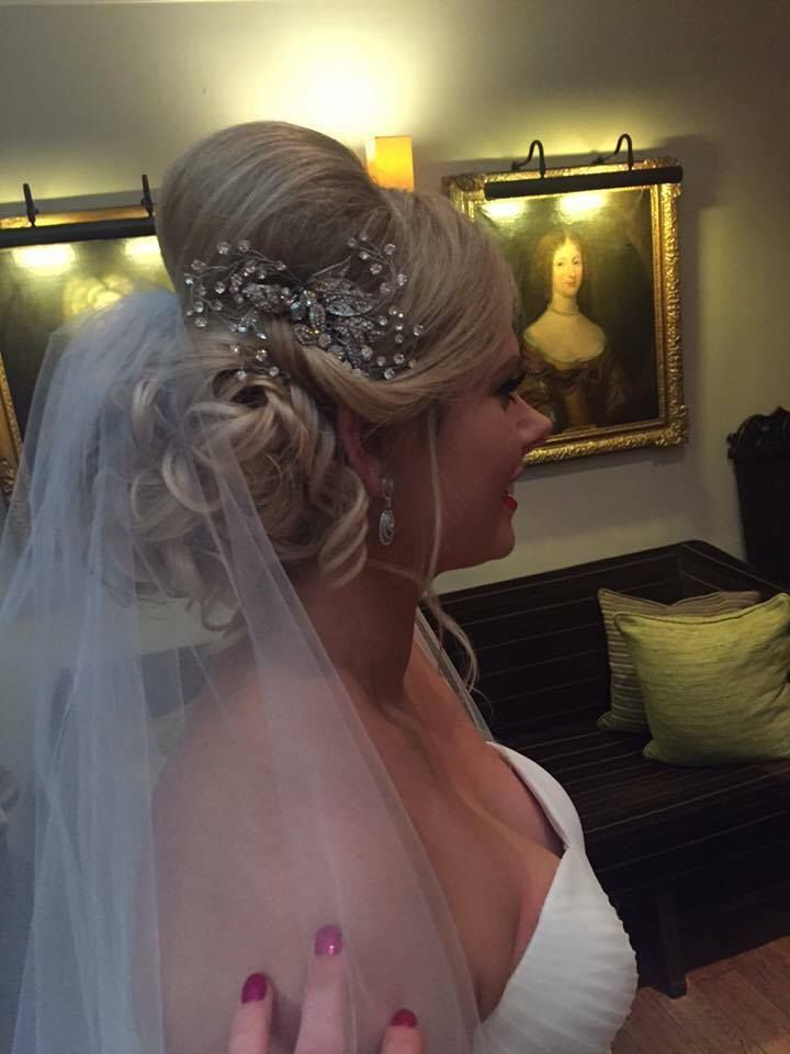 Sparkling Crystal Bridal comb