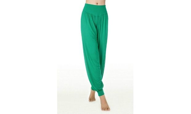 These harem pants are designed to provide comfort and easy movement ideal for yoga, pilates, tai chi and dancing