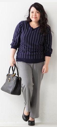 Vネックストライプ柄セーター+オフィスベーシックブーツカットパンツ+ストーム付パンプス(低反発中敷)(ワイズ4E)