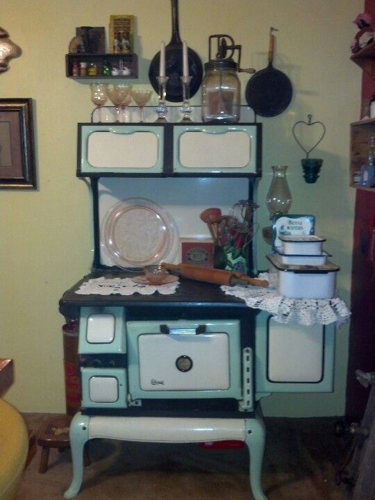 161 best Old wood cooking images on Pinterest Wood stoves