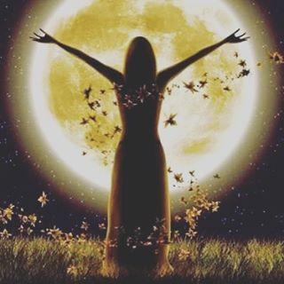 Lua Cheia no signo de gêmeos Festival de Asala momento da celebração da troca, do compartilhar. #acreditoemmilagres #acreditonoamor Festival da humanidade, tudo a ver com o momento atual. Um momento em que estamos cada vez mais perto das pessoas, troca   SnapWidget